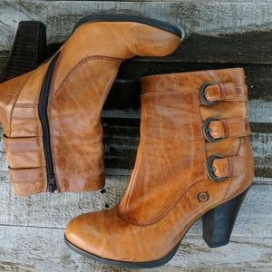 Vivi ankle boots by Born size 7.5